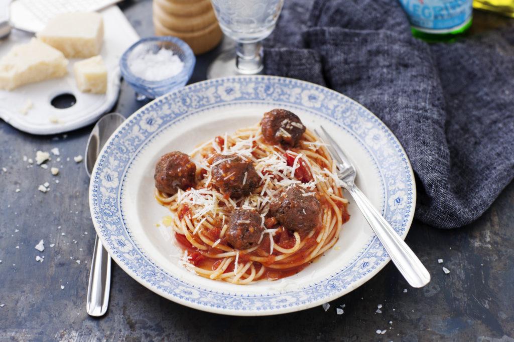 Recept från Zeta. Bönbullar med pasta à la Lady och Lufsen_li