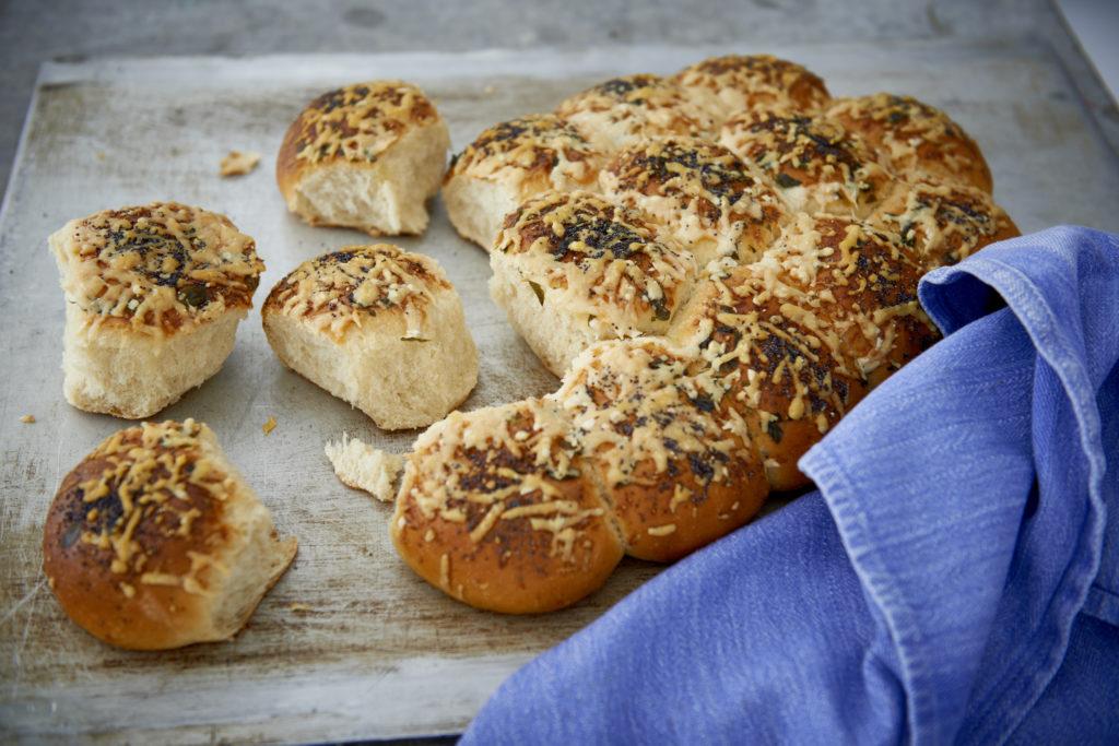 Recept från Zeta. Brytbröd med oregano och parmesan_li