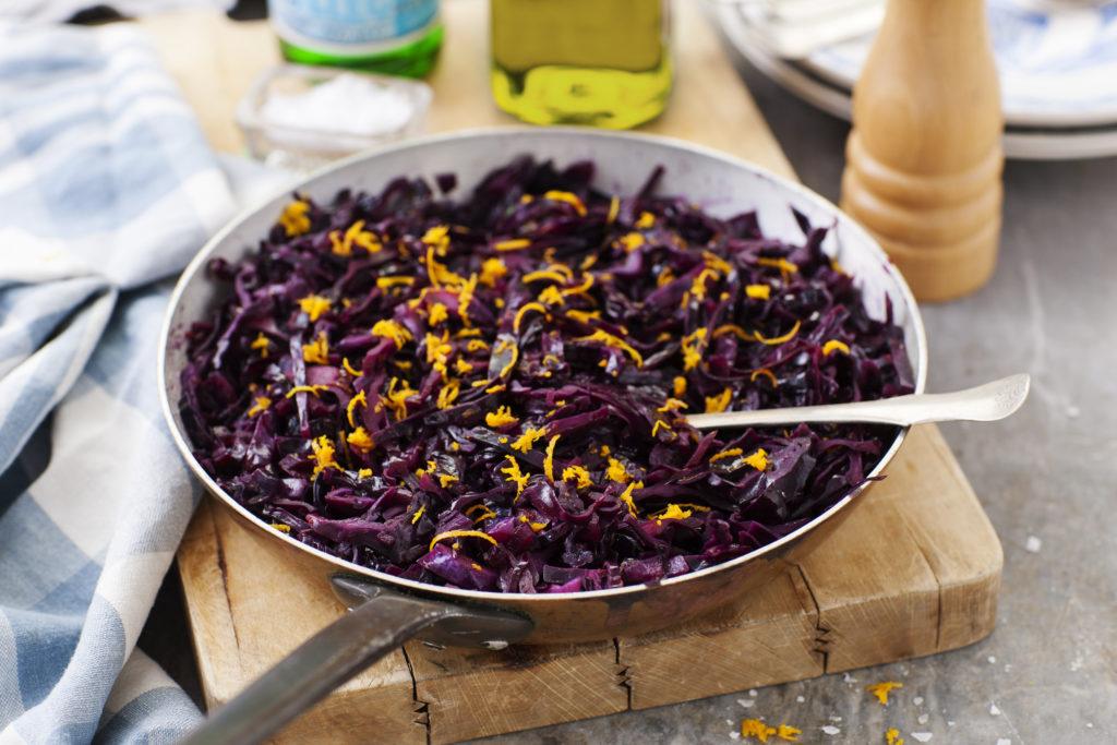 Recept från Zeta. Stekt rödkål med balsamvinäger och apelsin_li