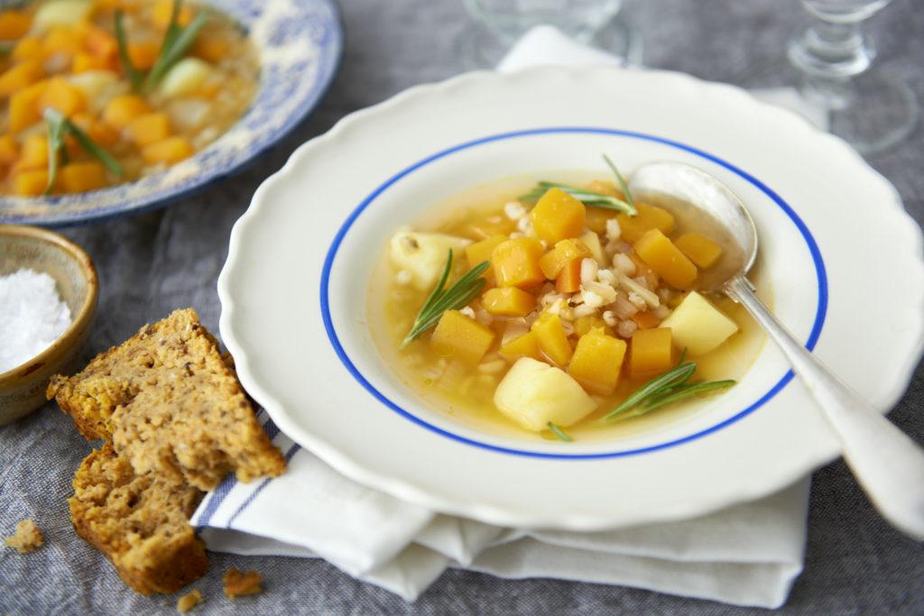 Recept från Zeta. soppa_orzomix_pumpa_li
