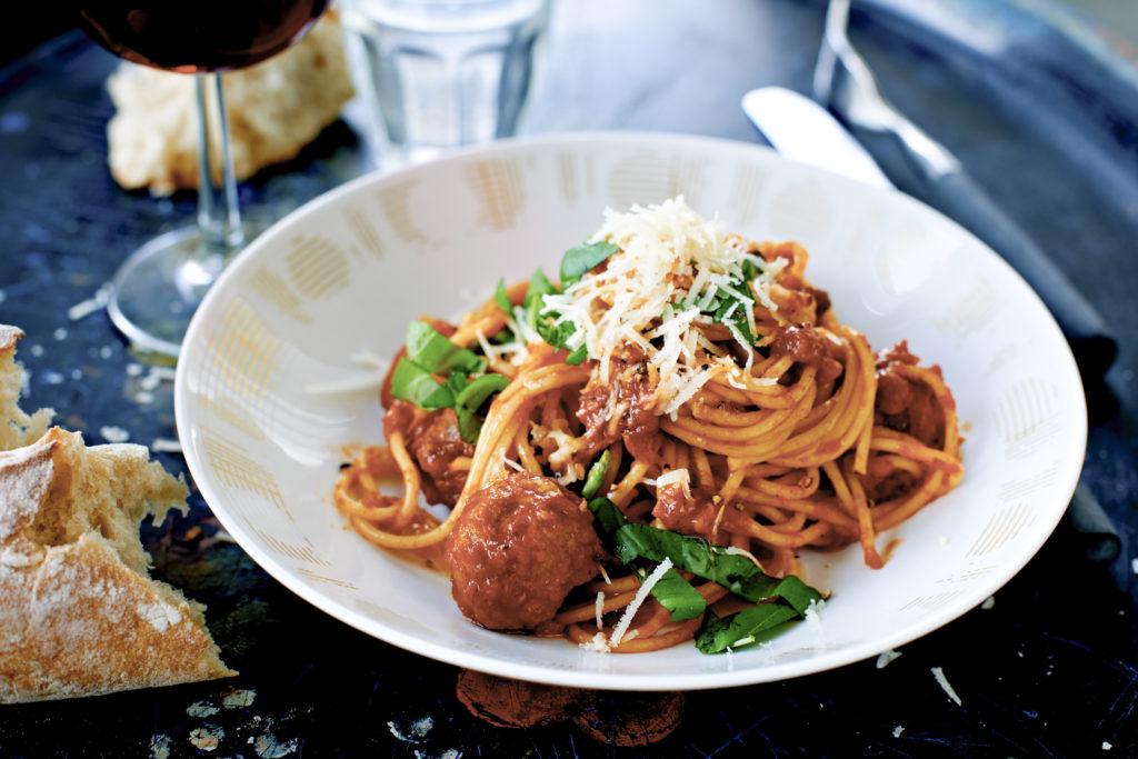 Recept från Zeta. Italienska_köttbullar_i_tomatsås_li