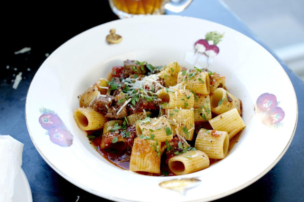 Recept från Zeta. Pasta_Mezze_Maniche_med_bolognese_av_högrev_li