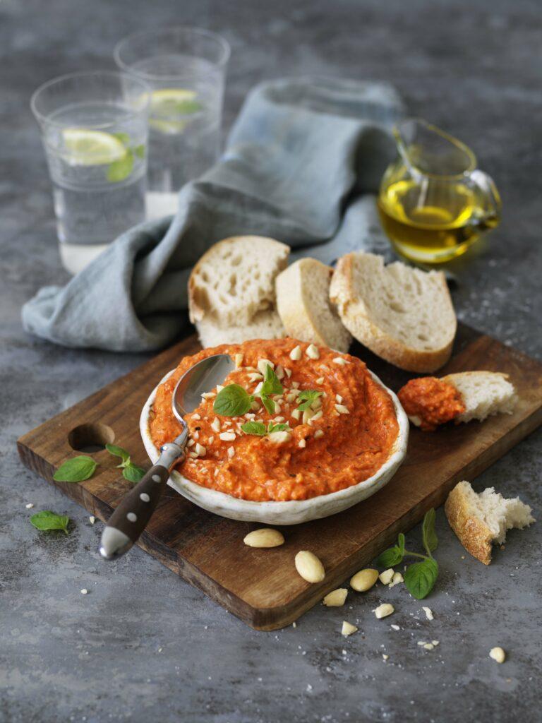 Romanesco med grillad paprika och mandel