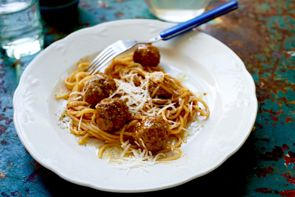Recept från Zeta. kalvfrikadeller_i_tomatsas