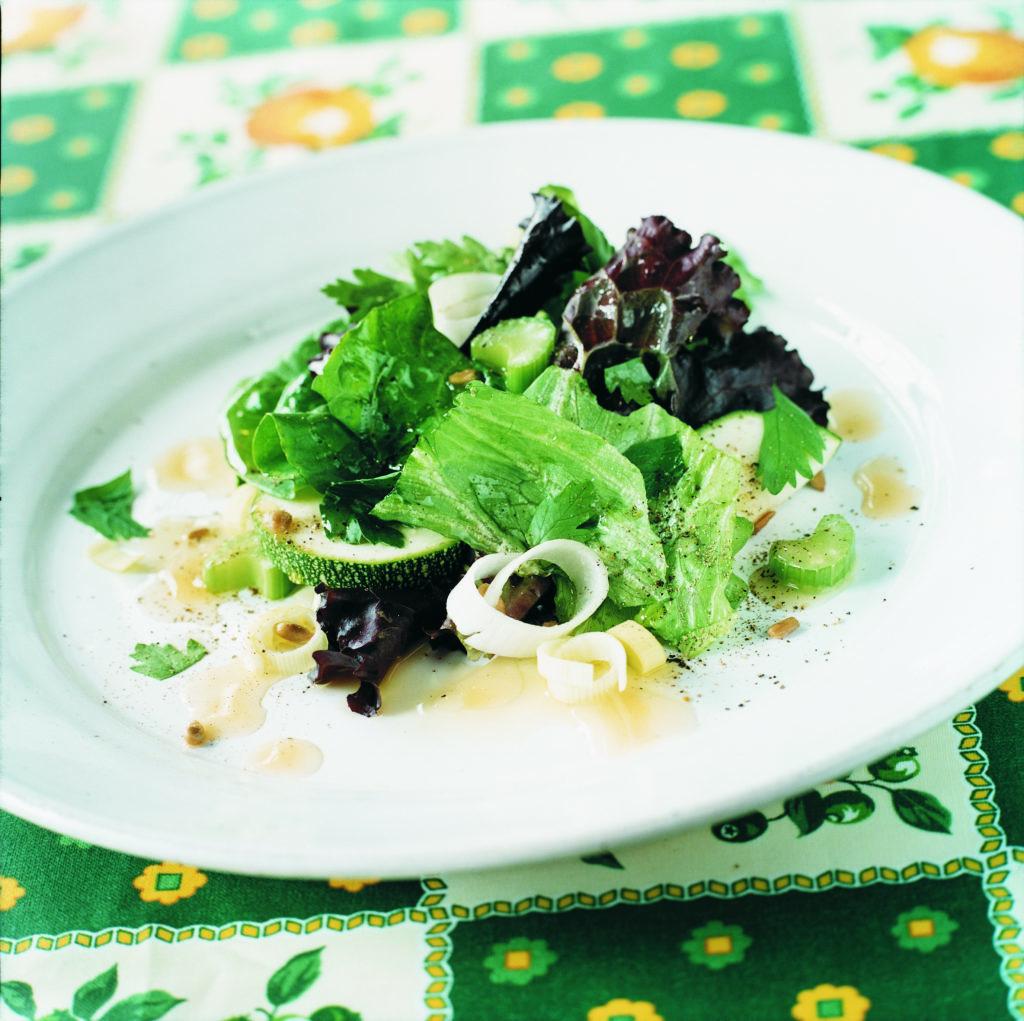 Recept från Zeta: Krispig grönsallad med mangobalsamico