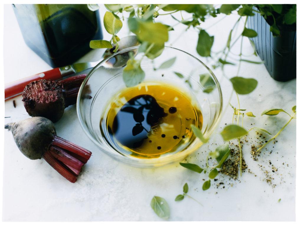 Recept från Zeta: Vinägrett med rödbeta, oregano och citron