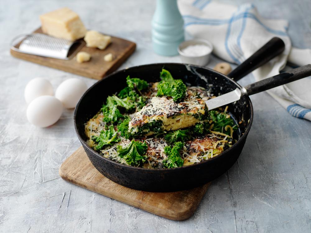 Frittata på grönkål och spaghetti