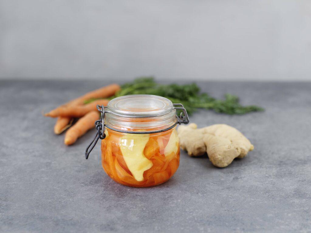 Picklade morötter och ingefära