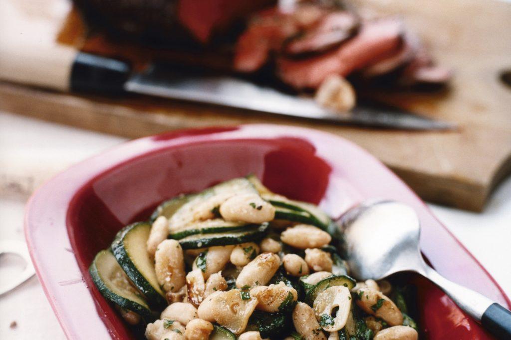 Recept från Zeta: Nötstek med rosmarin, vitlök och bönragu