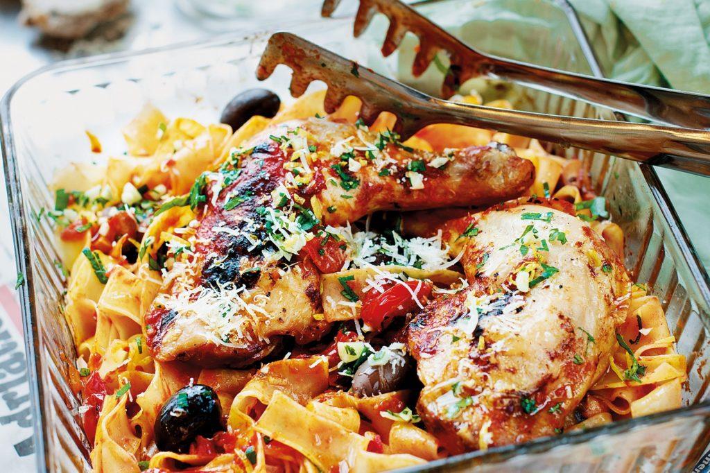 Recept från Zeta. Pasta_Pappardelle_med_jägarens_kyckling_st
