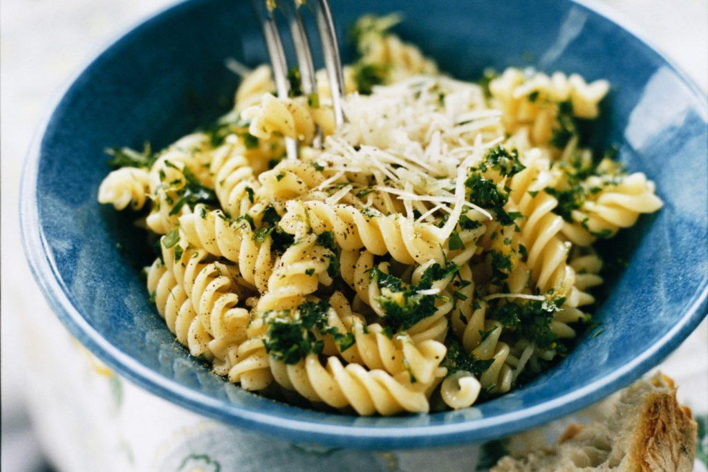Recept från Zeta. Pasta_med_gremolata_och_parmesanost