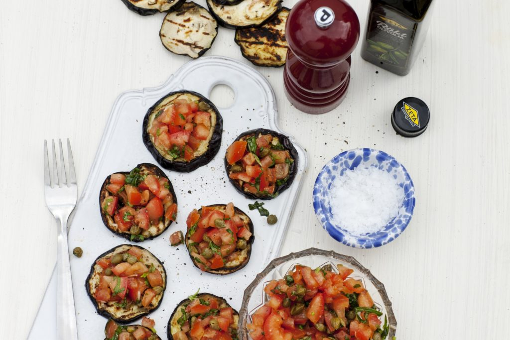 Recept från Zeta. Grillad aubergine med tomatsalsa