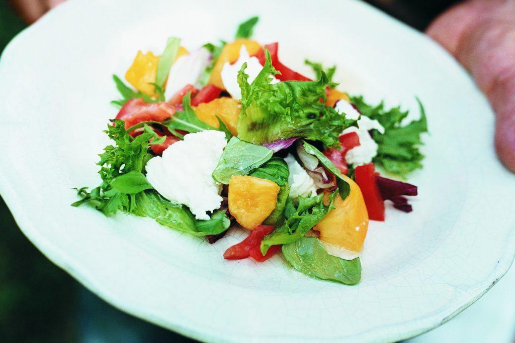 Recept från Zeta: Mozzarellasallad med mangobalsamico