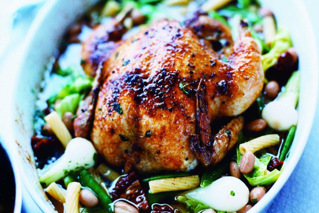 Recept från Zeta: Ugnstekt kyckling med pasta och borlottibönor