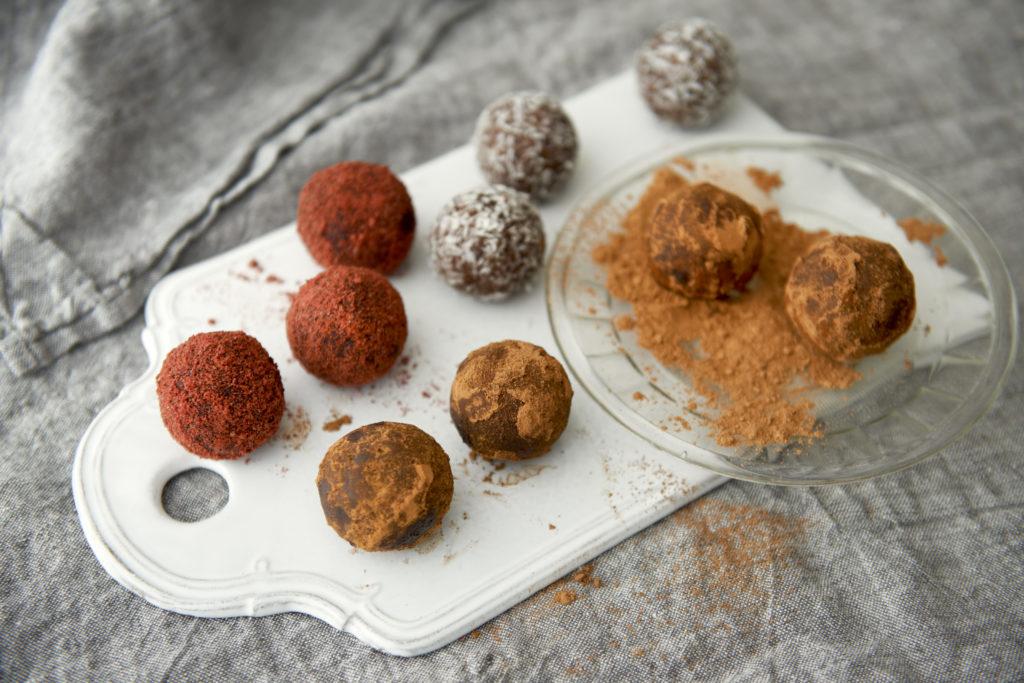 Recept från Zeta. nöt_chokladbollar_li