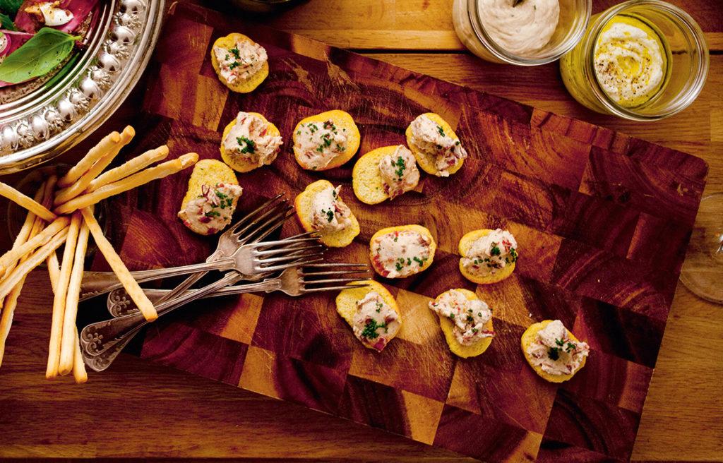 Recept från Zeta. Crostiniröra med soltorkade tomater och ricotta