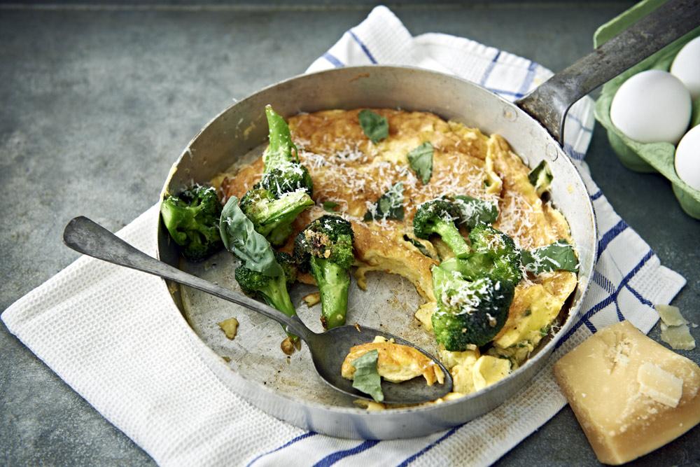 Recept från Zeta. Frittata_med_vitloksfrast_broccoli