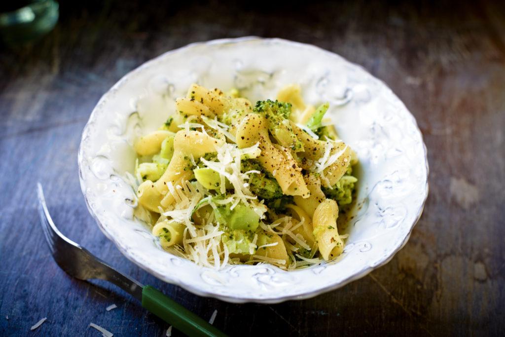 Recept från Zeta. Pasta_med_broccoli_och_parmesan_li