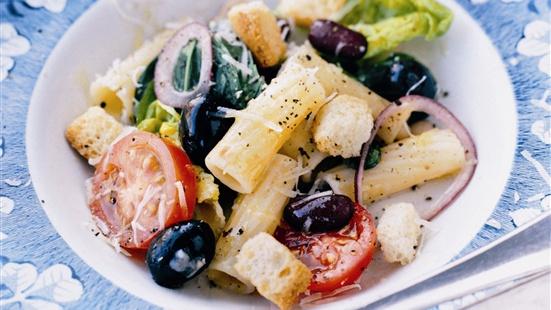 Recept från Zeta. Pastasallad_Bonor_tomater