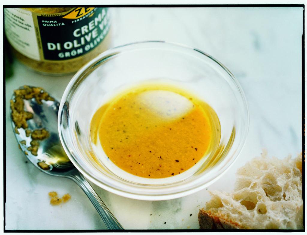 Recept från Zeta: Vinägrett med grön olivcreme