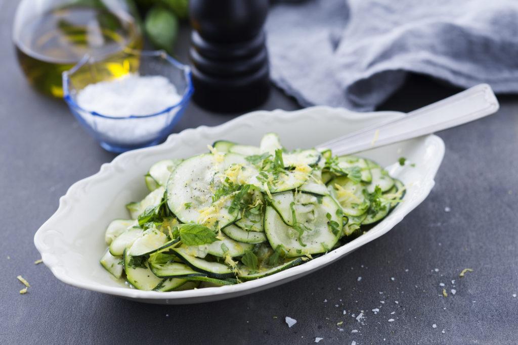 Recept från Zeta. Citronmarinerad zucchin.
