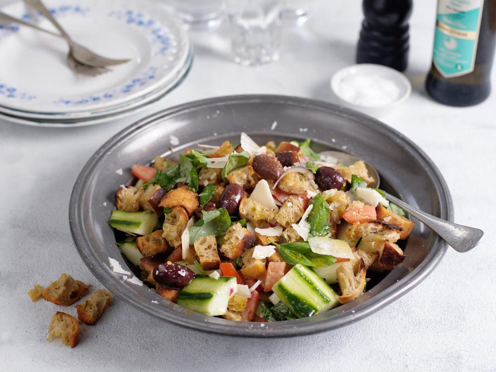 Recept från zeta.nu Toskansk brödsallad-panzanella