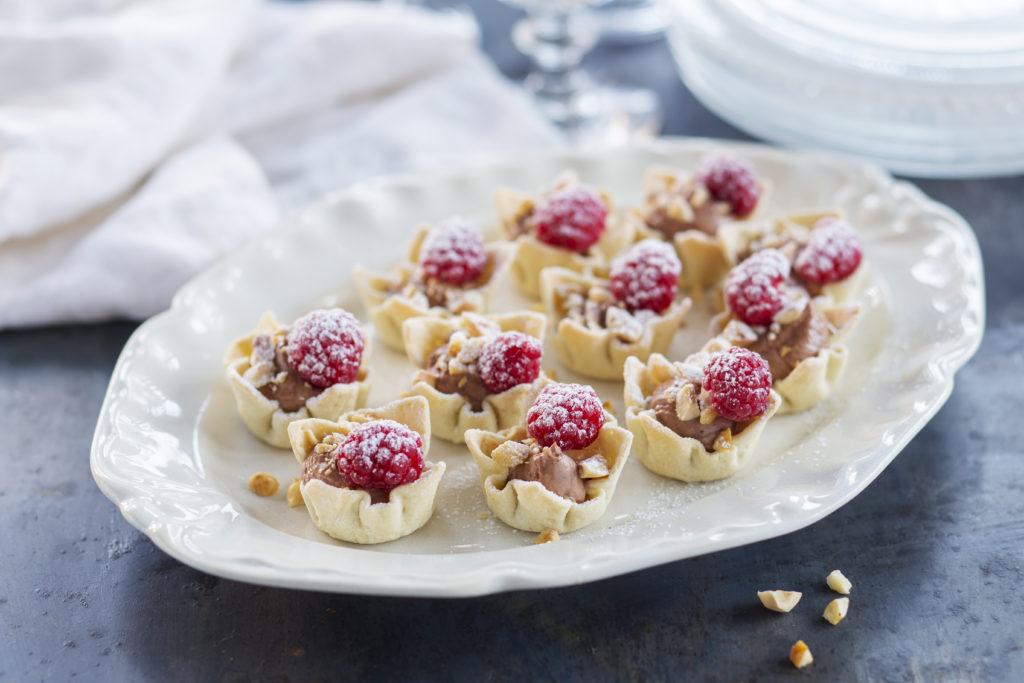 Krustader mer chokladkräm och nötter