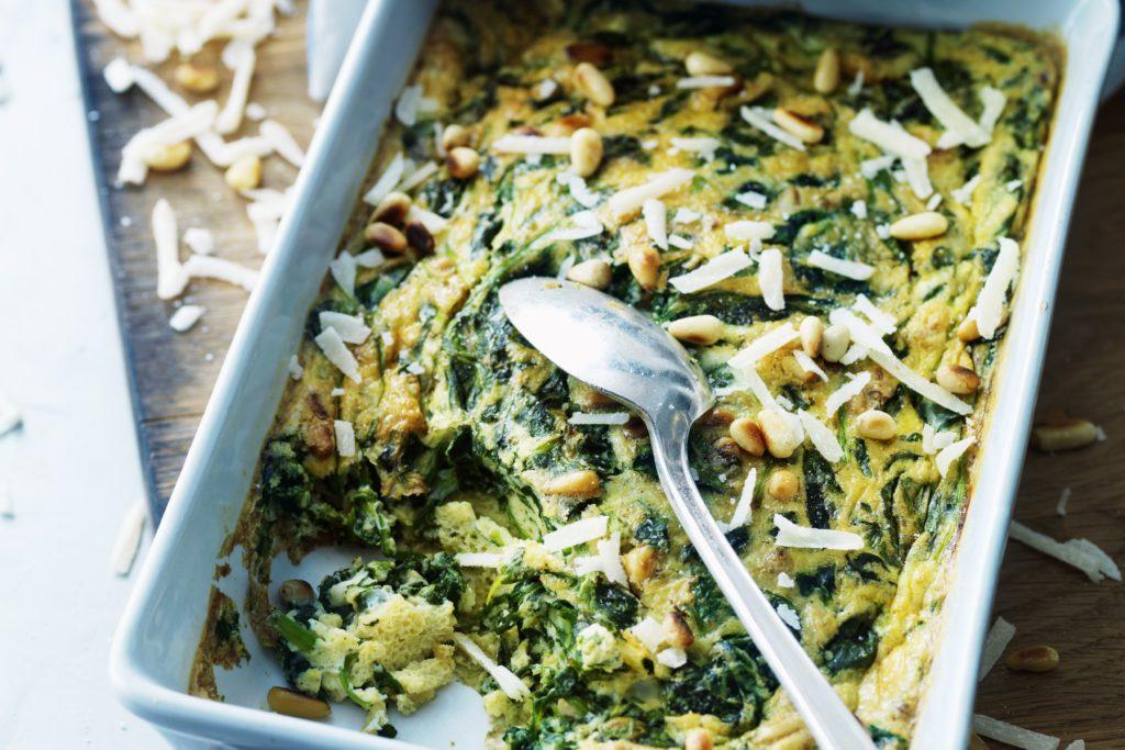 Recept från Zeta. Frittata_med_spenat_parmesan_och_pinjenötter_st