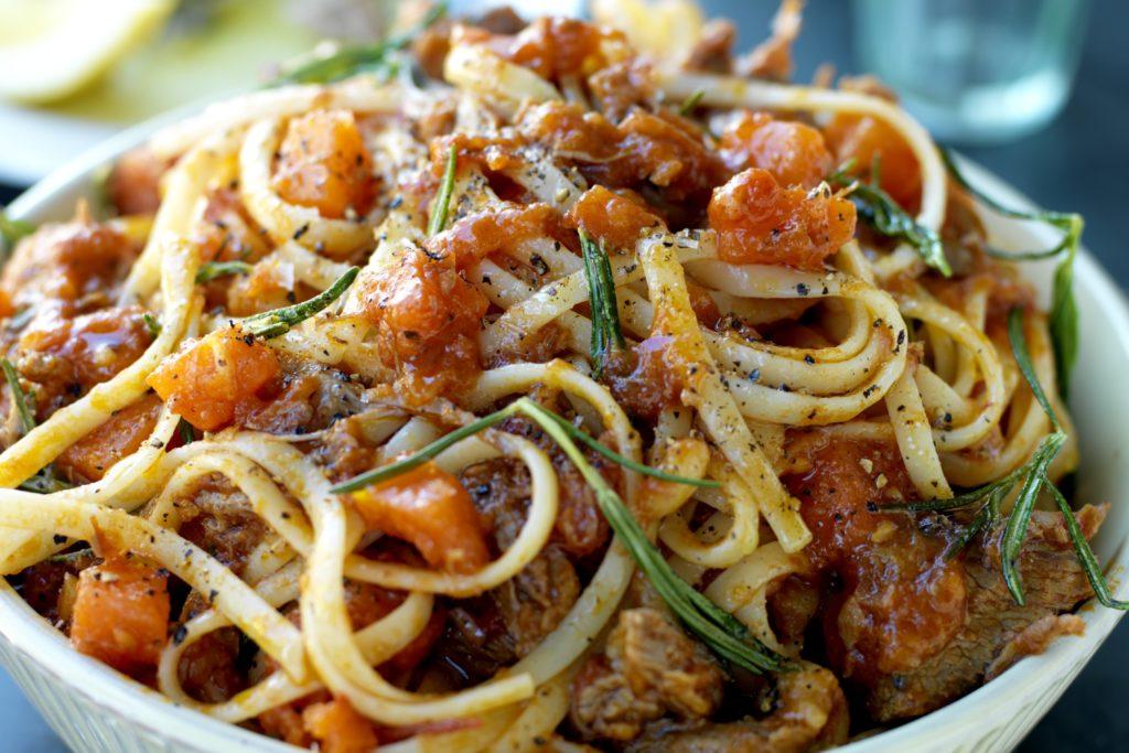 Recept från Zeta. Pasta_med_köttragu_st.jpgRecept från Zeta. Pasta_med_köttragu_st.jpg
