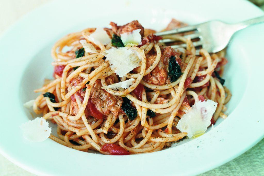 Recept från Zeta. Spaghetti_med_tonfisksås_st