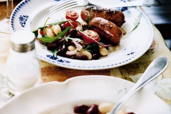 Recept från Zeta. grillad_salsiccia_med_bonsallad