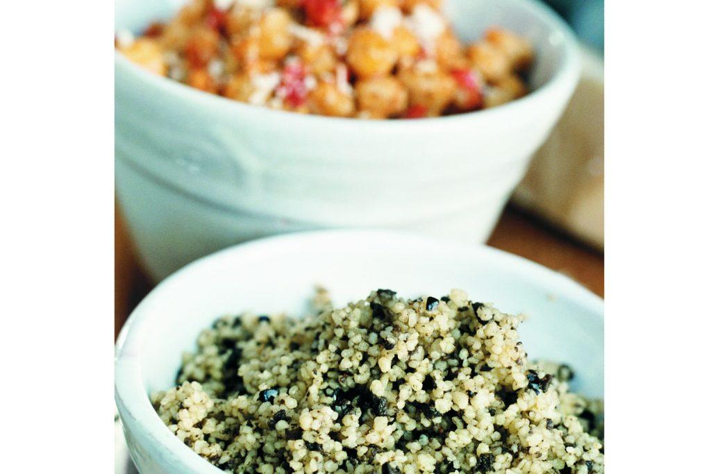 Recept från Zeta: Kikärtor med chilipesto och Couscous med tapenade