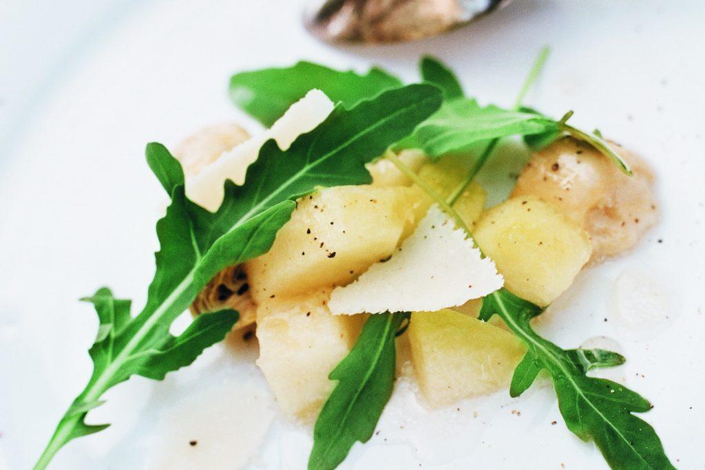 Recept från Zeta: Melon- och kronärtskockssallad med vinägrett