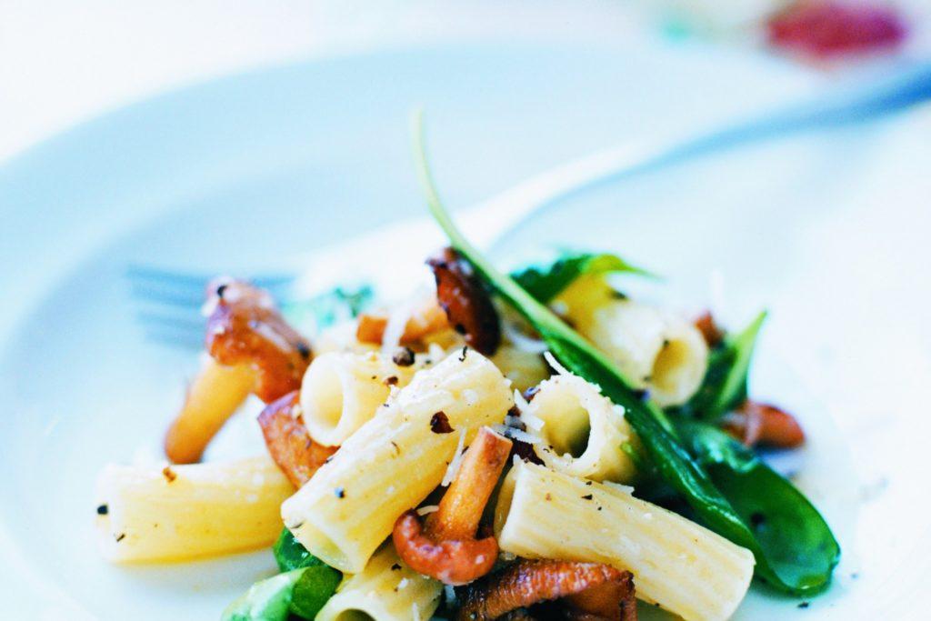 Recept från Zeta: Pasta med kantareller och spenat