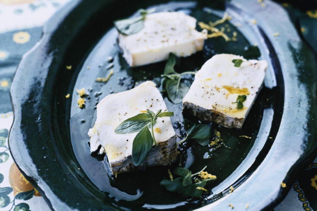 Recept från Zeta: Taleggio-ost med oregano och olivolja